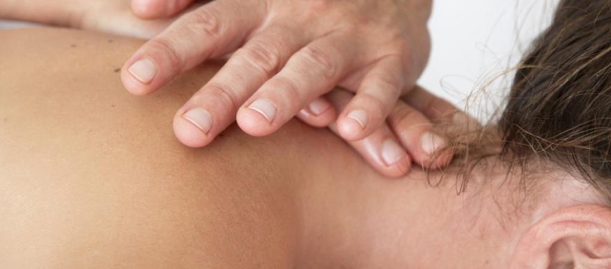 Rückenschmerzen durch Krankengymnast in Balingen behandeln lassen.